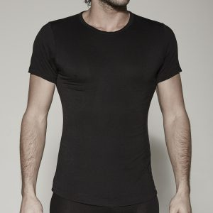 t-shirt-o-black-front