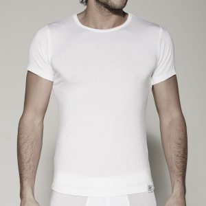 t-shirt-o-white-front