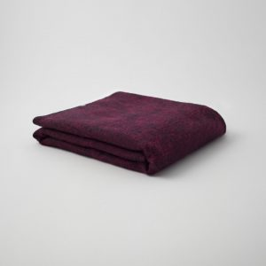 timi-shawl-red-folded